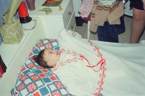 התחפושת הראשונה בחיים, עם השמלה של אמא שלי