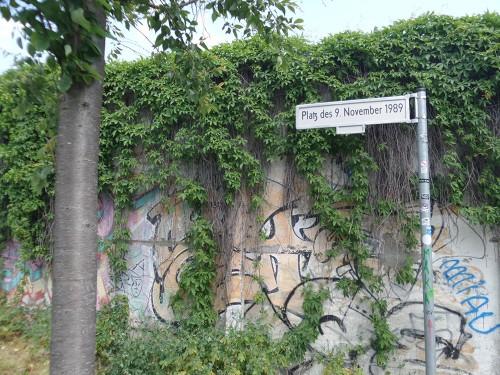 ליד הבית, Bornholmer Strasse